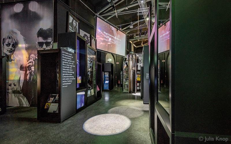 Ausstellungsarchitektur: Andreas Heller, Gronau, rocknpopmuseum